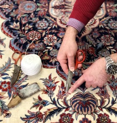 Endkontrolle in der Teppichreinigung